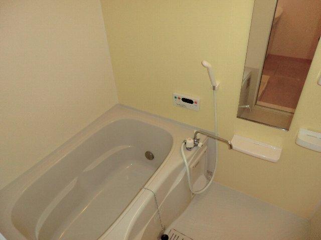 アライブ K 201号室の風呂