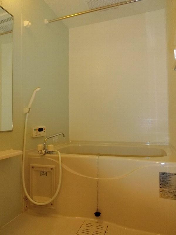 グランド メゾン 01010号室の風呂