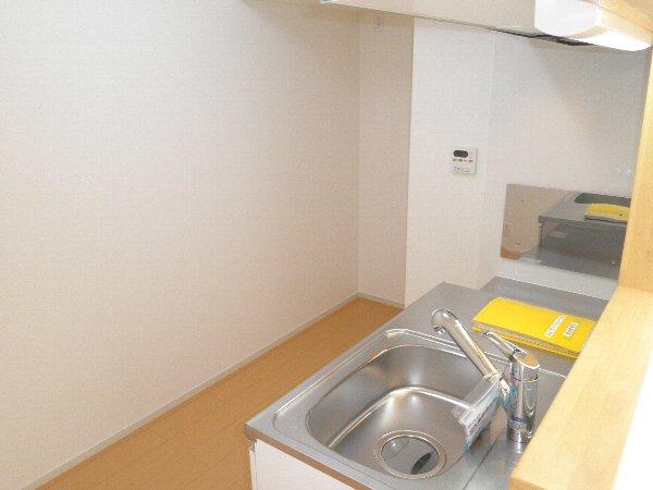 グラン メゾンA 03030号室のキッチン