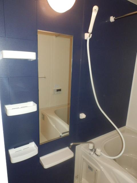 ヴェルデ向陽Ⅰ 01040号室の風呂