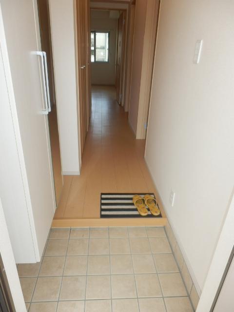 ヴェルデ向陽Ⅰ 01040号室の玄関
