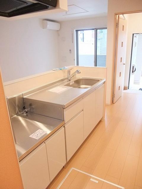 グリーンフォレストA 103号室のキッチン