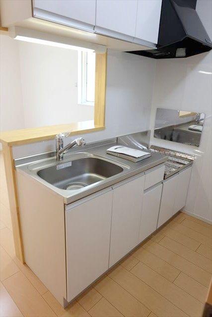 プリムローズ 101号室のキッチン