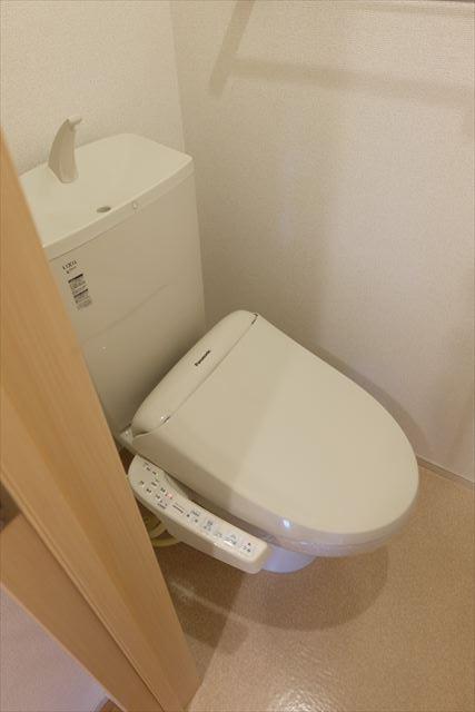ヴェルレーヌ・レジデンスC 02040号室のトイレ