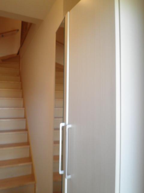 Alegria 02030号室の玄関
