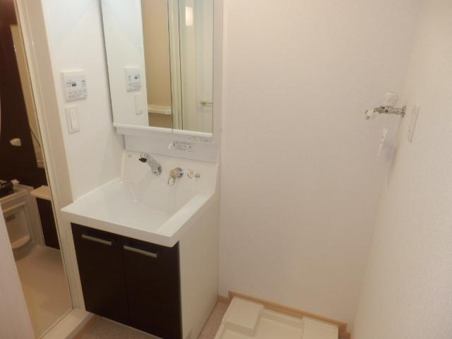 サンリット三建 403号室の洗面所