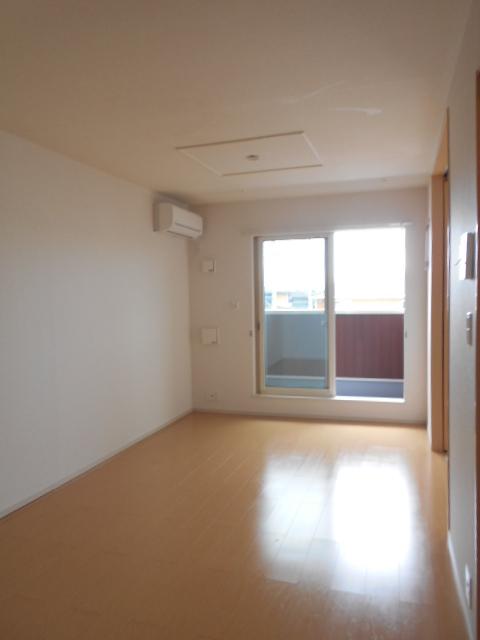 シュシュグランツ B 02020号室のリビング