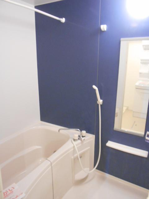 シュシュグランツ B 02020号室の風呂