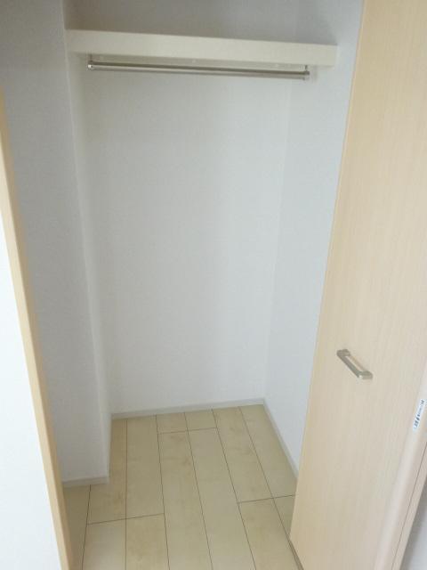 ジラソーレ 上桂 103号室の収納