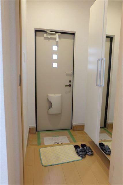 カーサ プラシード 02010号室の玄関