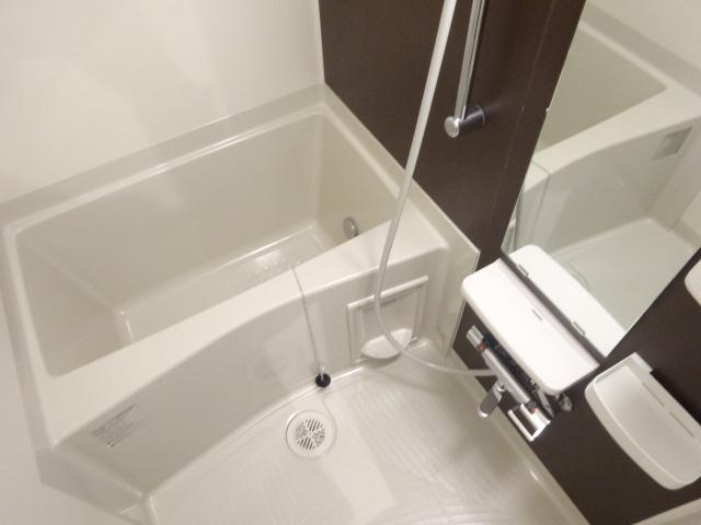 グラン アルカンシェル 304号室の風呂