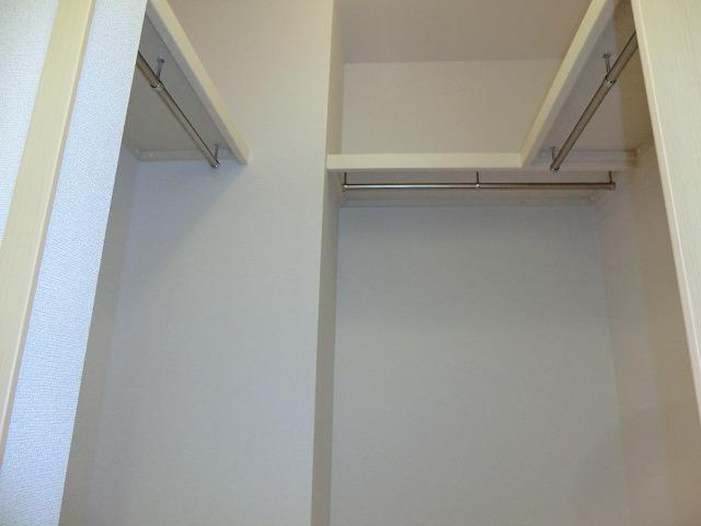 レ・セーナ 102号室の収納