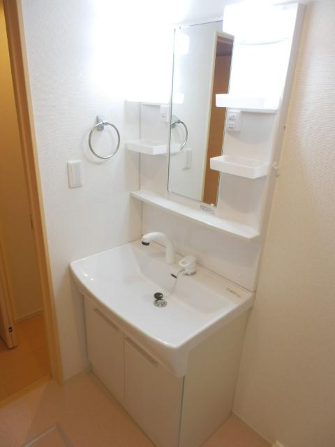 スイートタウンB 02020号室の洗面所