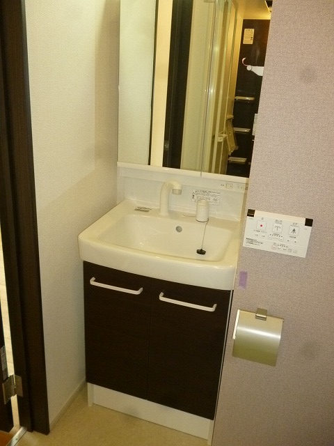 パークサイドM Ⅱ 201号室の洗面所