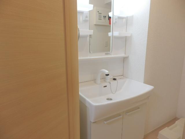 セレーノ 03040号室の洗面所