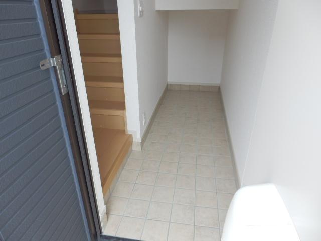 セレーノ 03040号室の玄関