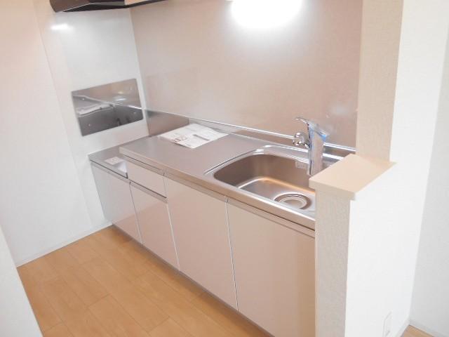 サン・ルーチェⅣ 02040号室のキッチン