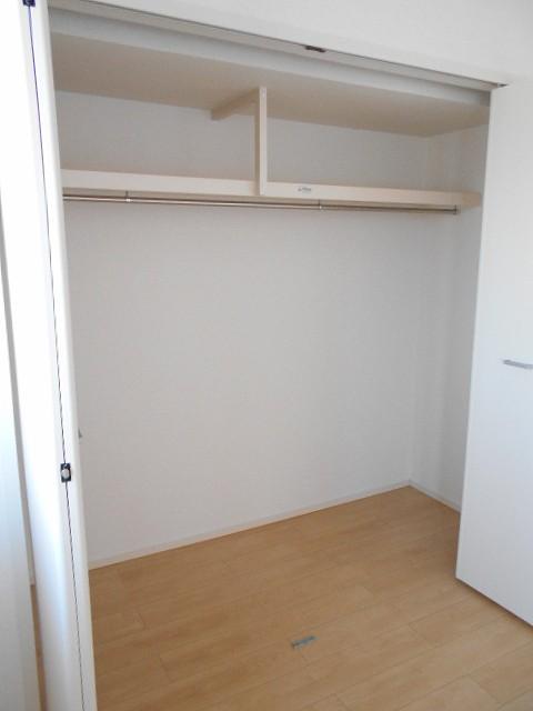 サン・ルーチェⅣ 02040号室の収納