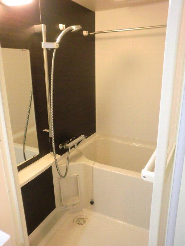 グランドコート おおひら 304号室の風呂