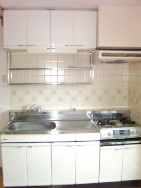 シャルム小向 203号室のキッチン