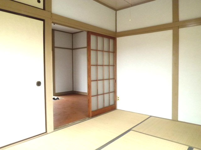 ひかり荘 201号室のリビング