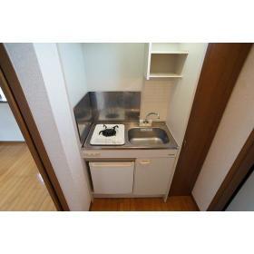 カインドハウス杉田 301号室のキッチン