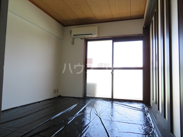 サクシ-ド 502号室の居室