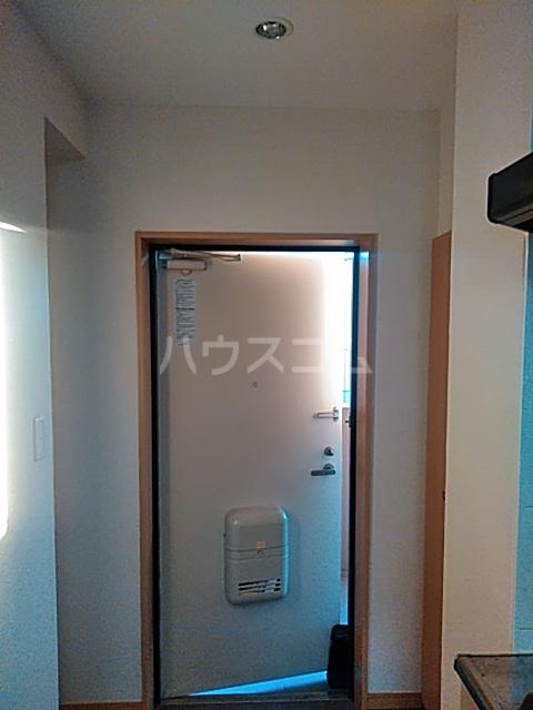 プルミエール・B 306号室の玄関