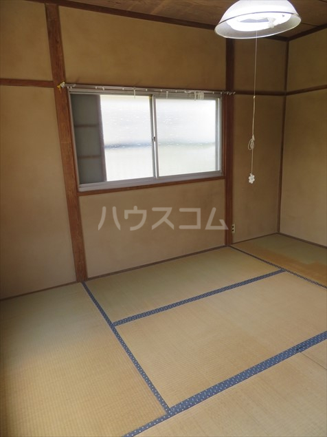 加藤様貸家の居室