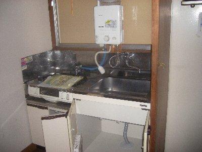 アパート・グロリア 202号室のキッチン