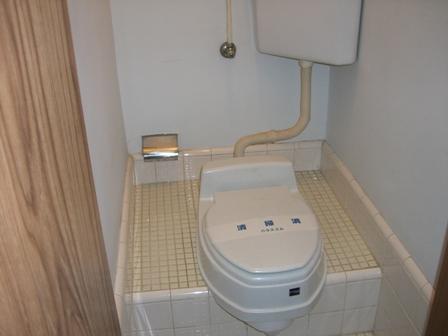 アパート・グロリア 202号室のトイレ