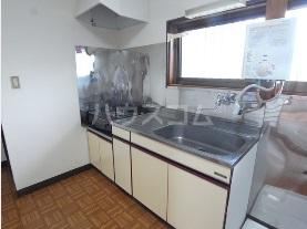 エスポワール元町Ⅱ 205号室のキッチン