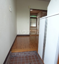 エスポワール元町Ⅱ 205号室の玄関