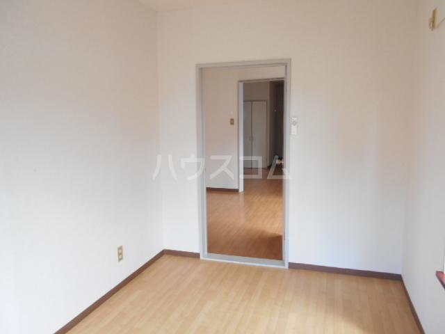 リブ元町 301号室の居室