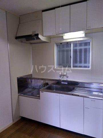 岩端ビル 4-B号室のキッチン