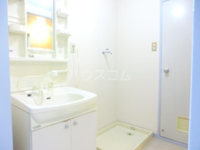 第2武笠ビル 203号室の洗面所