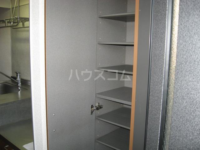 エスペラント浦和 108号室の玄関