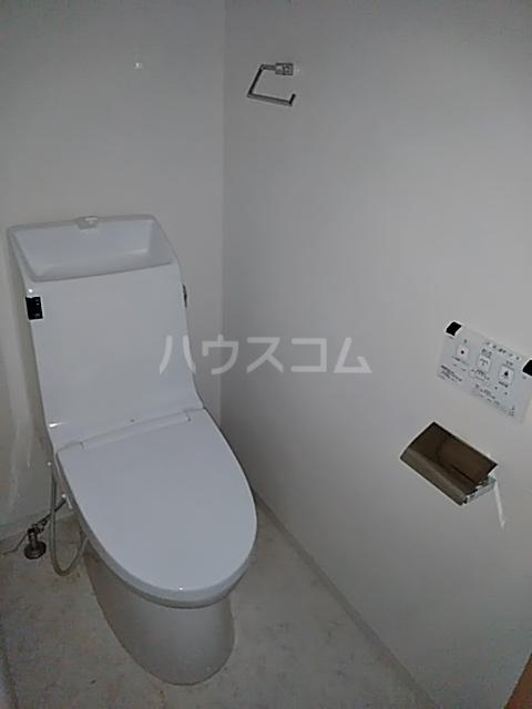 レーベンハイム浦和常盤 1F号室のトイレ