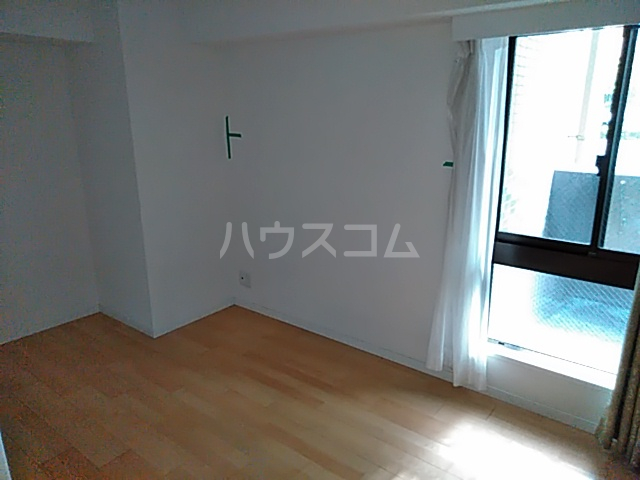 レーベンハイム浦和常盤 1F号室の居室