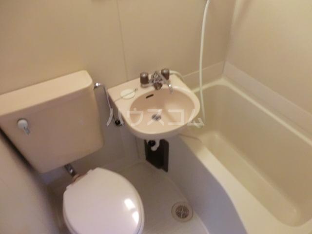 スリジエ 101号室の風呂