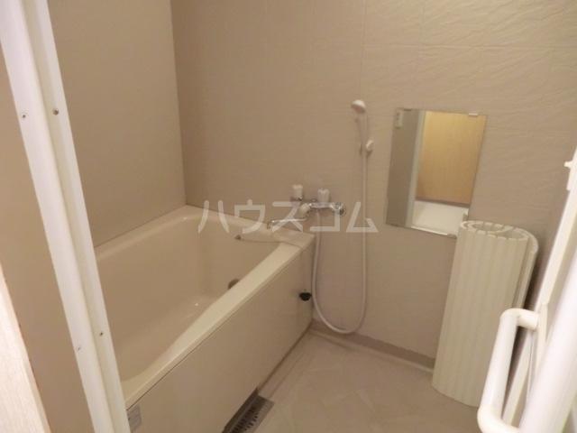 浦和エメラルドグリーン 503号室の風呂