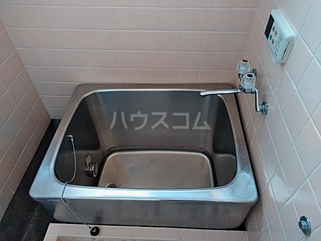 有賀様領家戸建ての風呂