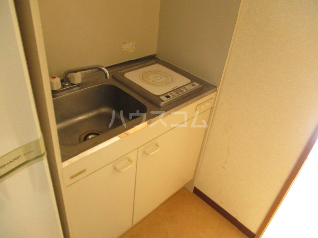 MF9ビル 503号室のキッチン