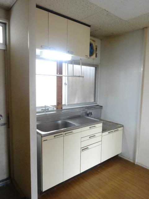 ゴールドコーポ 202号室のキッチン