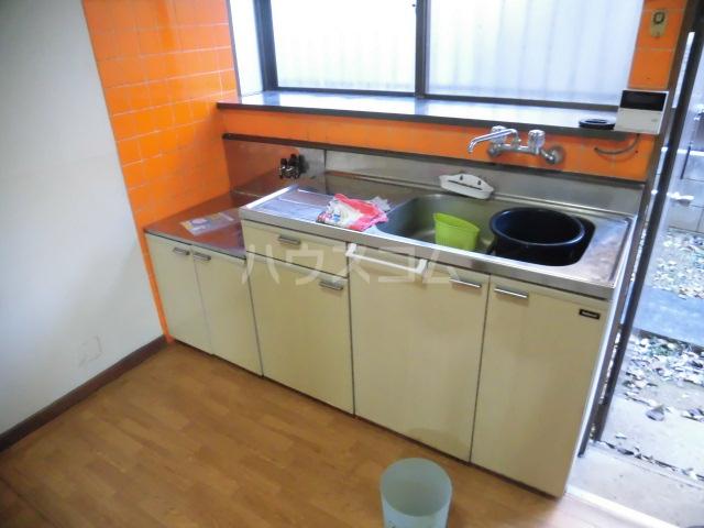 北島戸建のキッチン