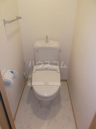 クレセントD 203号室のトイレ
