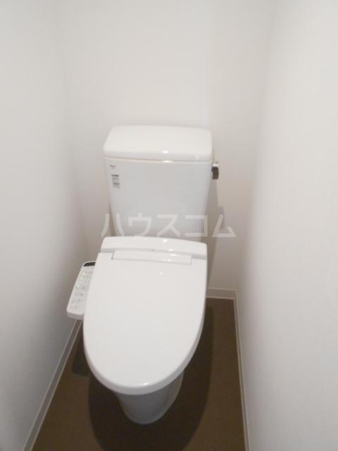 レジエール イースト 703号室のトイレ