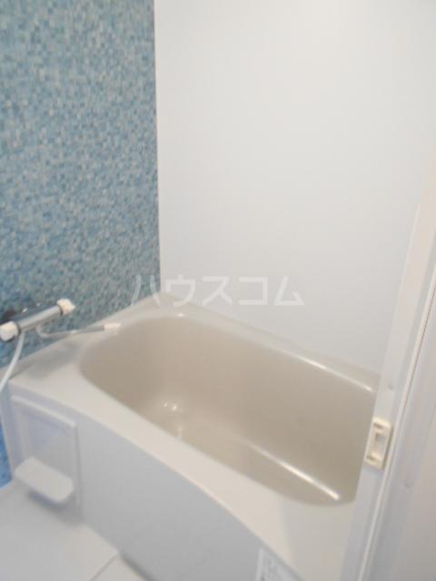 レジエール イースト 703号室の風呂