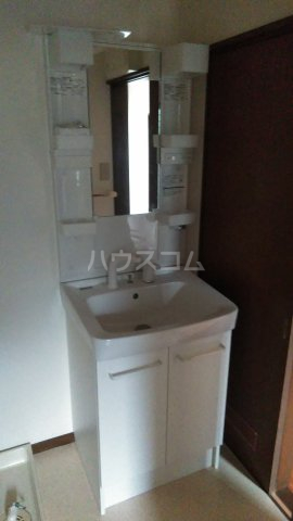 アーバンハイツ 105号室の洗面所