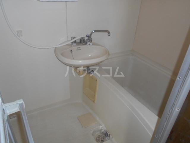 ヒルサイドテラス 202号室の風呂